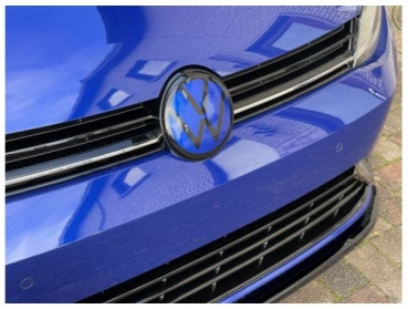 VW Golf 7 GTI, R, Front Facelift Emblem NEW LOOK LAPIZ Blue black for ACC